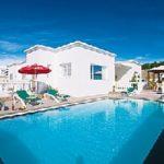 Villa for sale with private pool in Puerto Calero